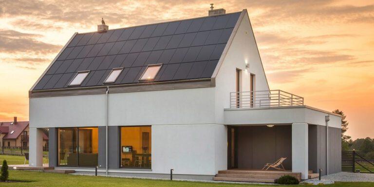 Energieksperter enige: Solceller og batterier er del af løsningen